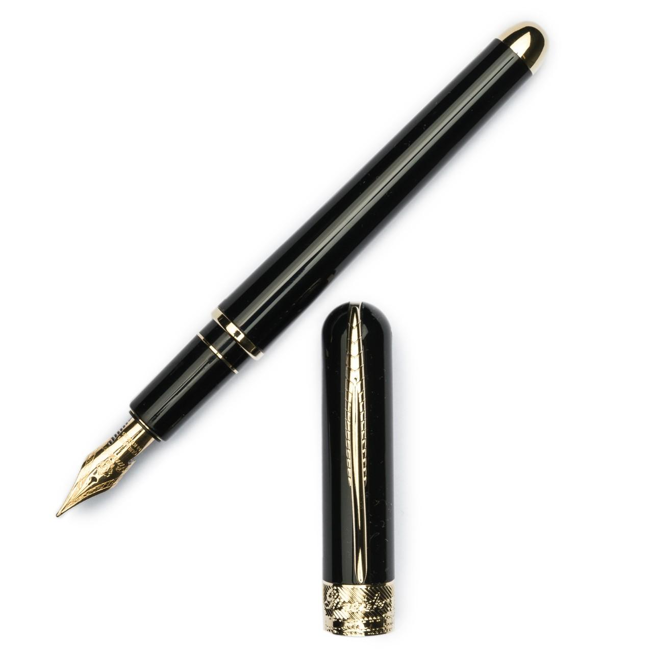 Pineider Avatar UR Deluxe Graphene Black Fountain Pen