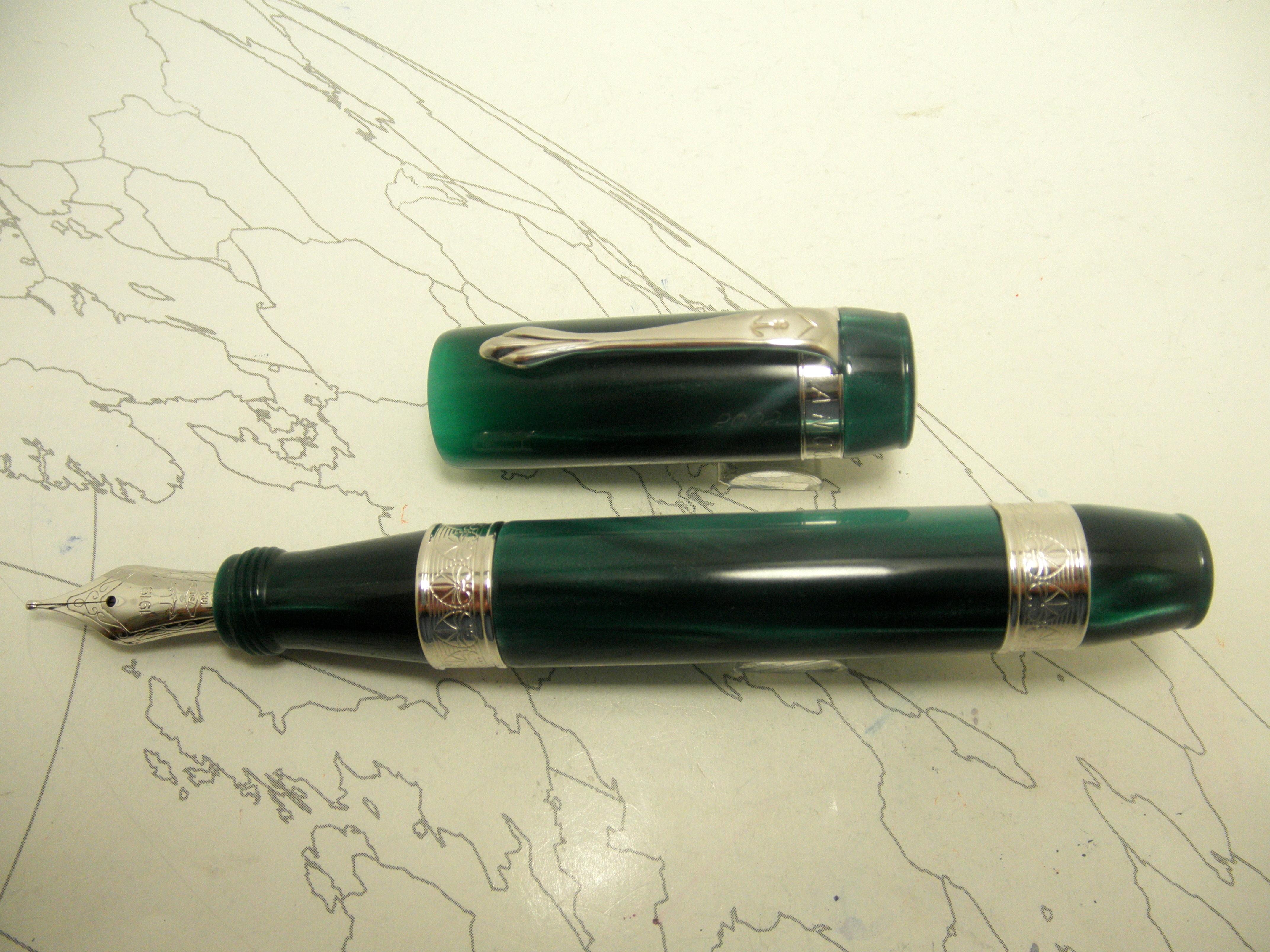 Ancora Perla Green Resin Fountain Pen